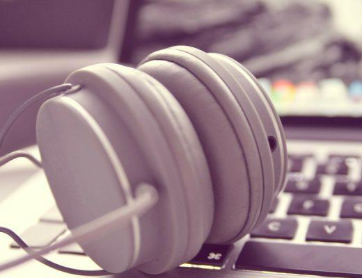 Hangoskönyv online hallgatás
